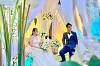 Bild könnte enthalten: 2 Personen, Hochzeit