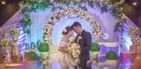 Bild könnte enthalten: 1 Person, tanzt und Hochzeit